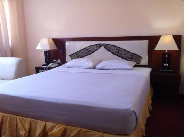 Sasando Hotel Kupang Kupang - Bedroom