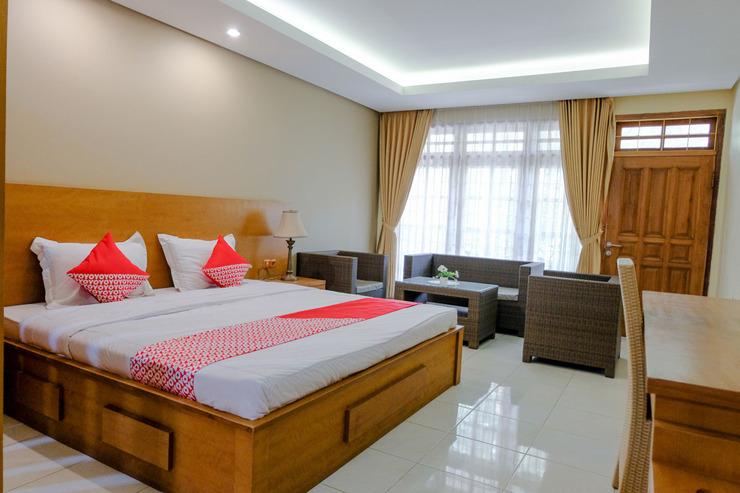 OYO 1937 Jakarta 32 Family Homestay Malang - Guestroom Su/D