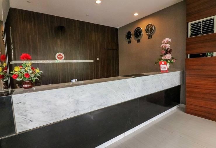 NIDA Rooms Lanto Pasewang 27 Makassar - Resepsionis
