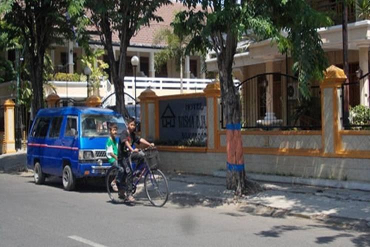 Hotel Wisma Djaja Bojonegoro - Tampilan Luar Hotel