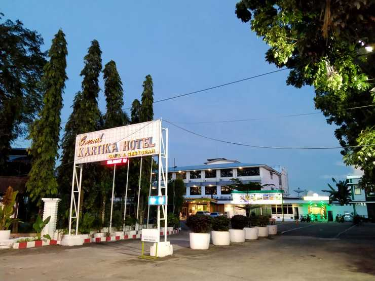 Grand Kartika Hotel Pontianak - Area Depan