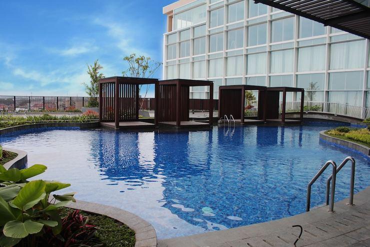 The Luxton Cirebon Hotel And Convention Cirebon - Outdoor Pool