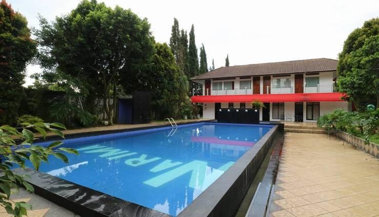 Narima Resort Bandung - Pool