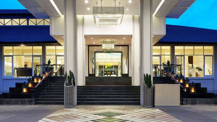 Sheraton Bandung Hotel & Towers Bandung - Hotel Entrance