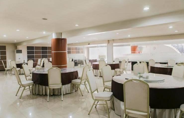 Rolling Stone Hotel Surabaya - Interior