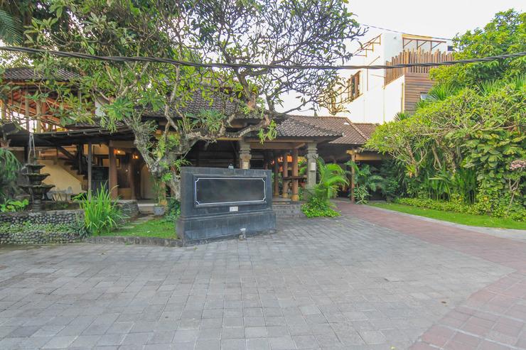 Airy Seminyak Petitenget Kuta Bali - Exterior