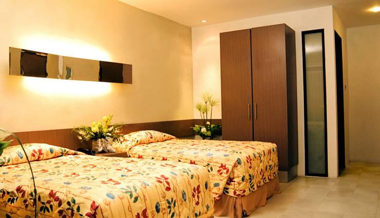 Mikie Holiday Resort Medan - Family Room