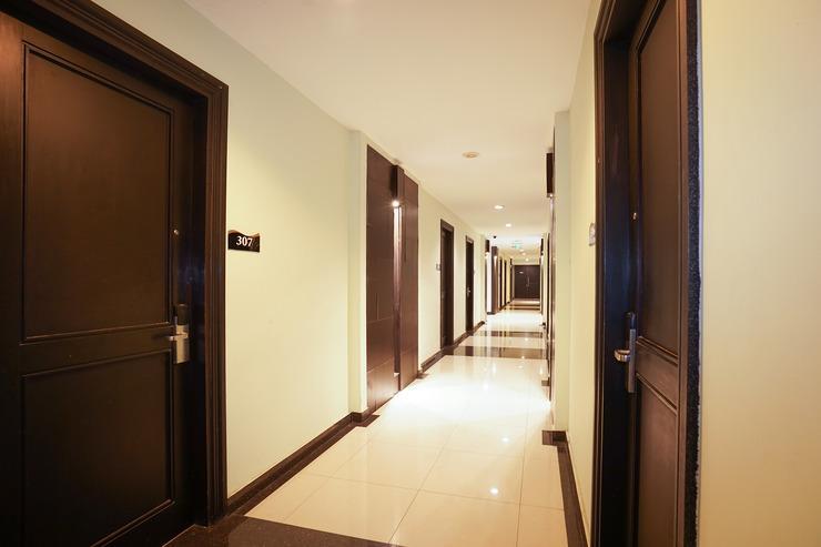 OYO 197 Prime Royal Hotel Surabaya - hallway