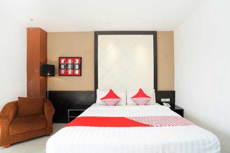 OYO 197 Prime Royal Hotel Surabaya - Bedroom