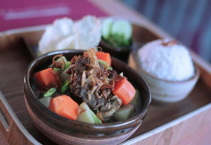 favehotel Ahmad Yani Bekasi - Makanan
