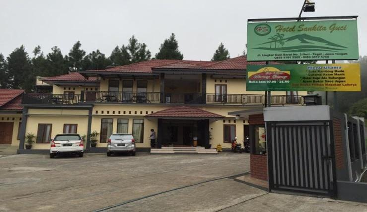 Hotel Sankita Syariah Guci Tegal - Exterior