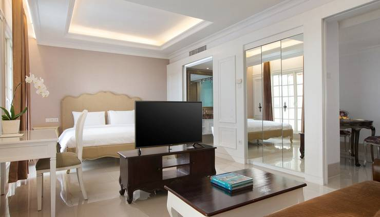 Hotel Santika Seminyak - Suite Room