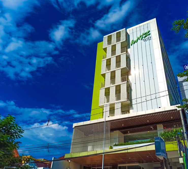 Whiz Prime Hotel Sudirman Makassar - Eksterior