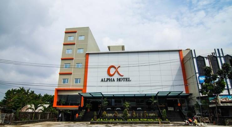 Review Hotel Alpha Hotel (Pekanbaru)