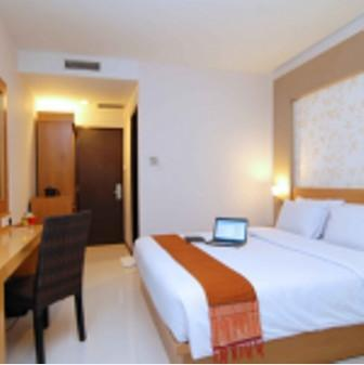 The Axana Hotel Padang - Kamar Tidur