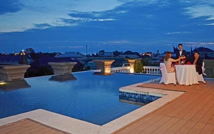 The Axana Hotel Padang - pool2