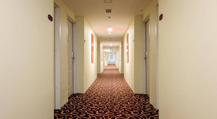 @Hom Hotel Kudus - Koridor