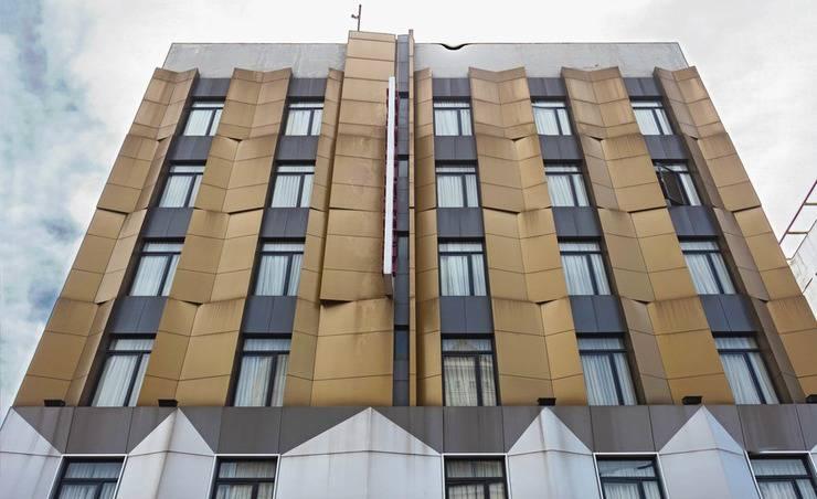 RedDoorz near Blok M Jakarta - Tampilan Luar Hotel