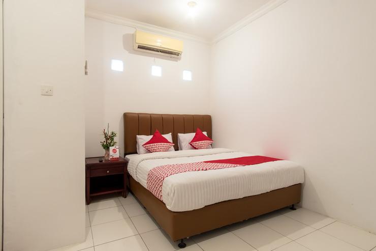 OYO 356 Titipapan Residence Medan - Bedroom