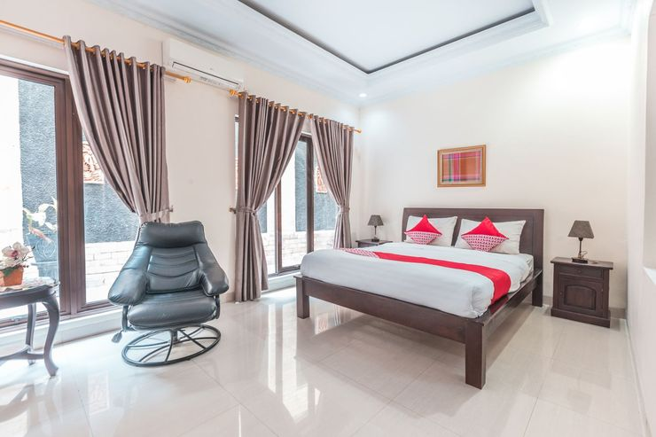 OYO 1667 Wisma Lux Barkah Jakarta - Bedroom