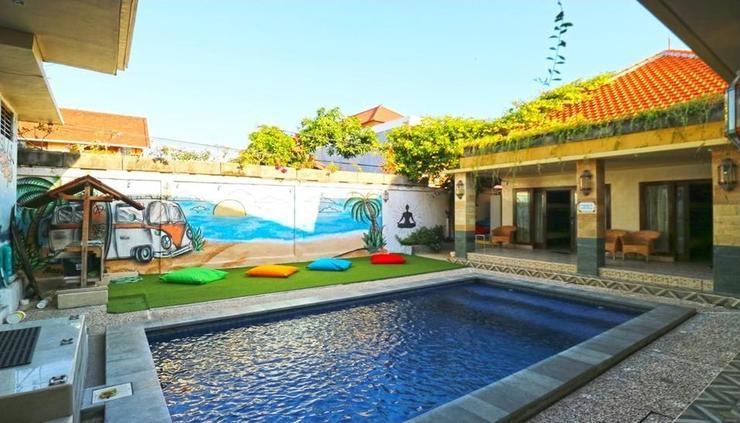 Hang Five Hostel Canggu  Bali - exterior