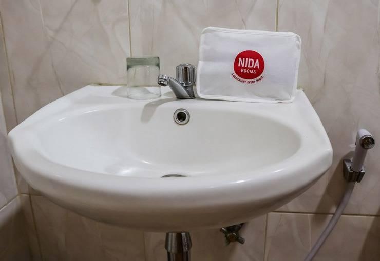 NIDA Rooms SKA Shopping Mall Medan Kota - Kamar mandi
