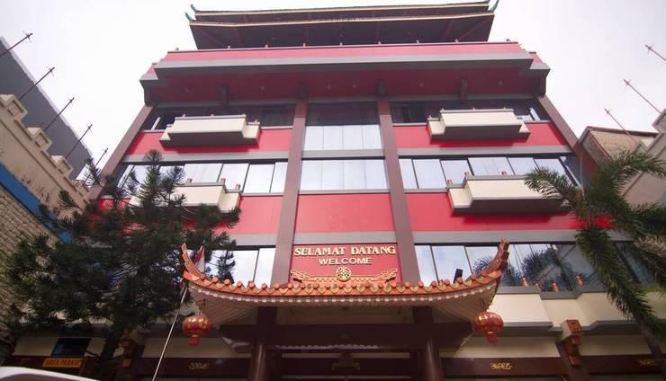 Hotel Dinasti Makassar - Exterior