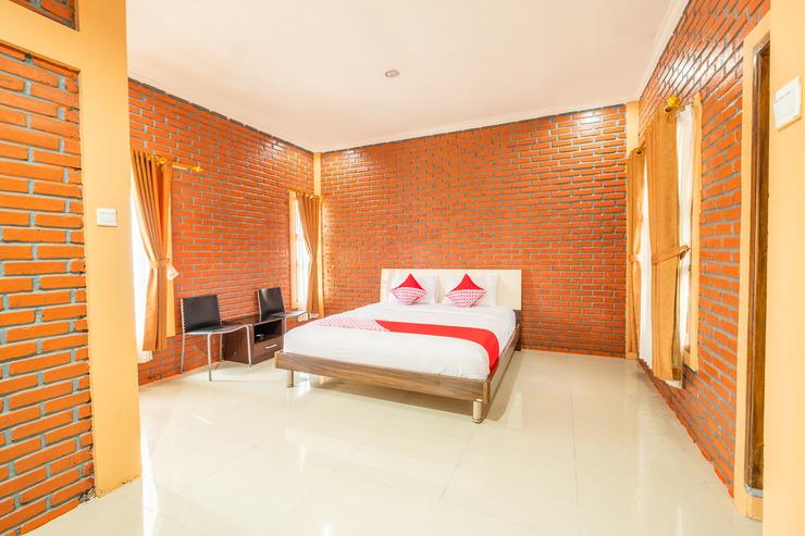 OYO 862 Derajat 4R Cottage Garut - Bedroom