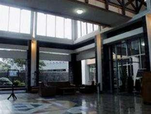 University Hotel Jogja - Lobi