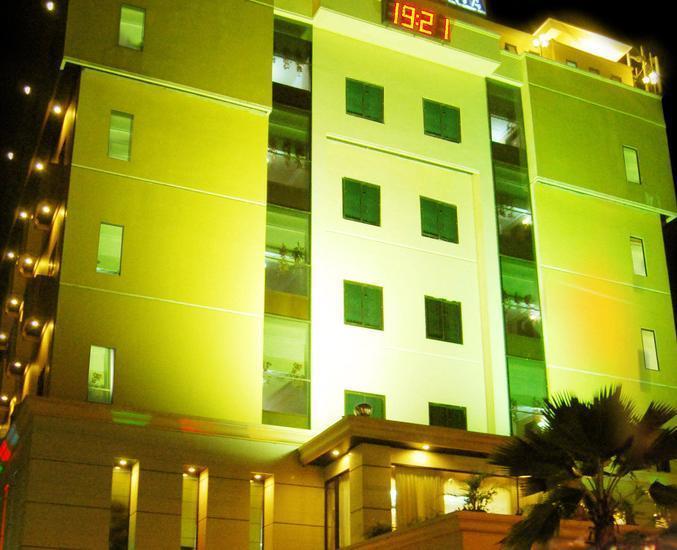 Alamat Harga Kamar Hotel Grand Victoria - Samarinda