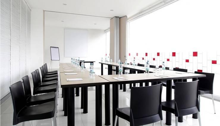 Amaris Pekanbaru - Ruang Meeting