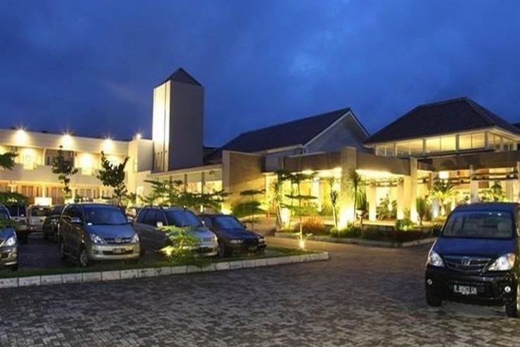 Green Valley Resort Baturraden - Eksterior