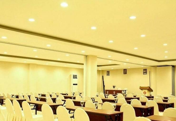 Grand Celino Hotel Makassar - RUANG MEETING