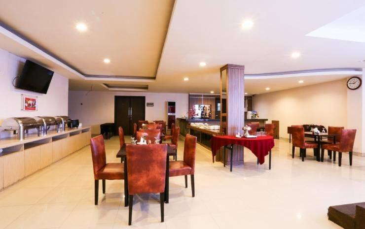 Grand Celino Hotel Makassar - PALM RESTAURANT