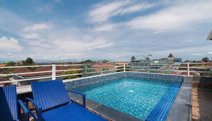 A Residence Bali - Swimming Pool