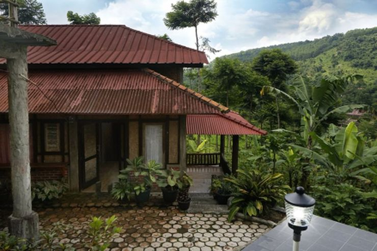 Villa AMARA By RuangNyaman Bogor - Facade