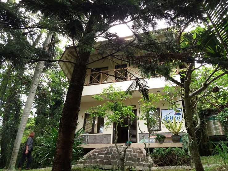 Pitta Guest House Malang - tampak depan