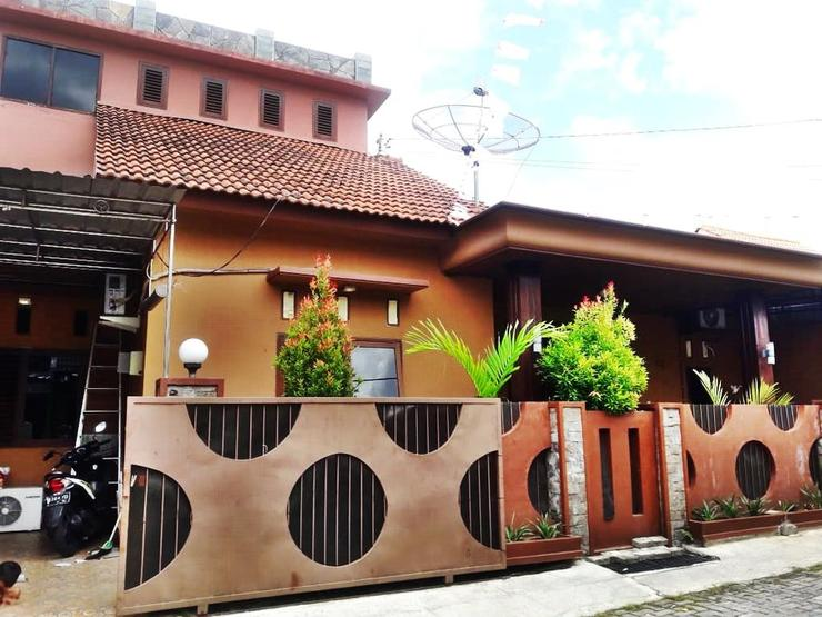 Mocca By Classic Guest House  Banyuwangi - exterior