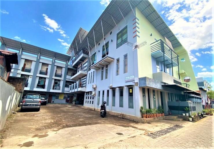 Lodgins Wahyu Pelita Makassar - Exterior View
