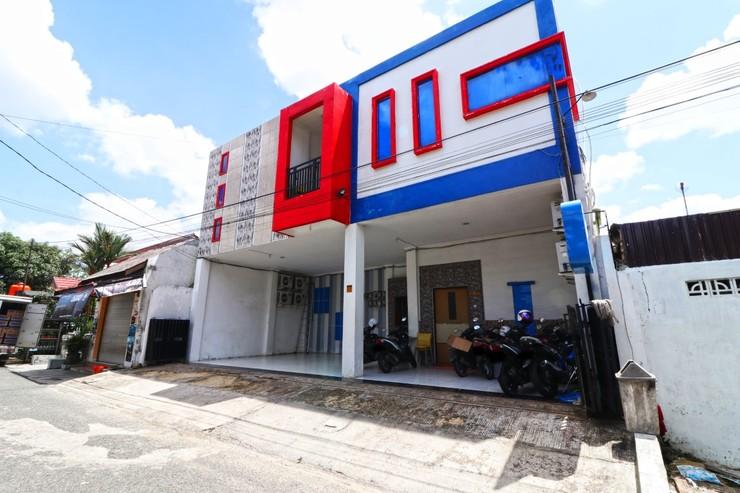 Semata Wayang Syariah Homestay Banjarbaru - Room
