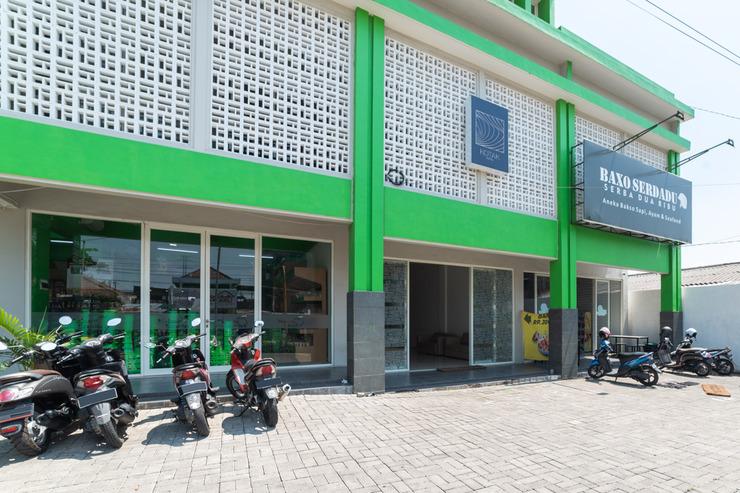 RedDoorz Hostel near Exit Toll Malang 2 Malang - photo
