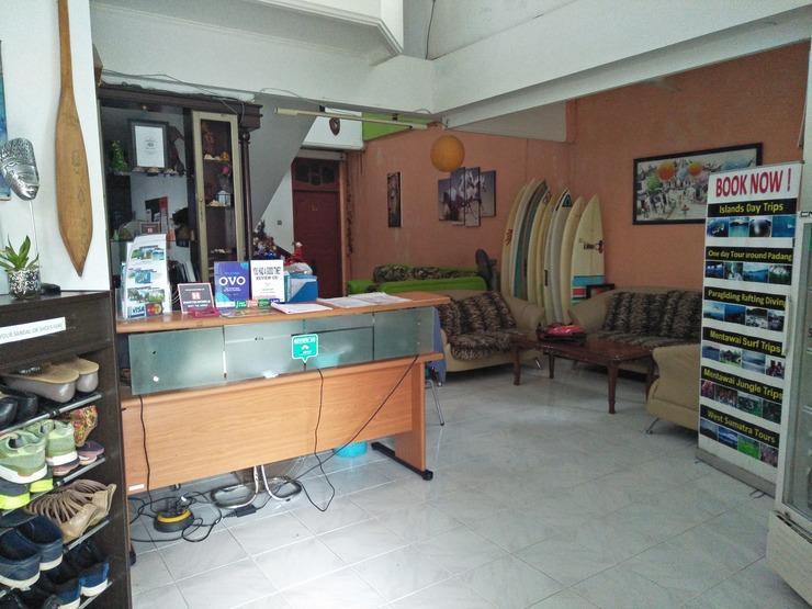 Brigittes House Padang - LOBBY AREA