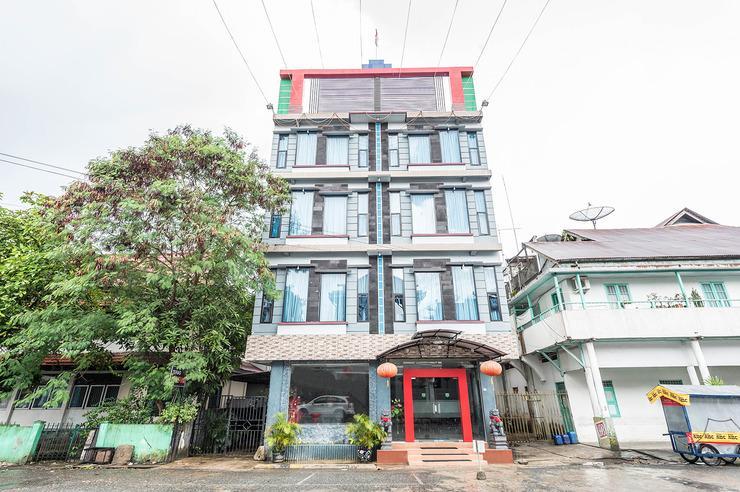 Airy Singkawang Tengah Salam Diman 129 - Hotel Front