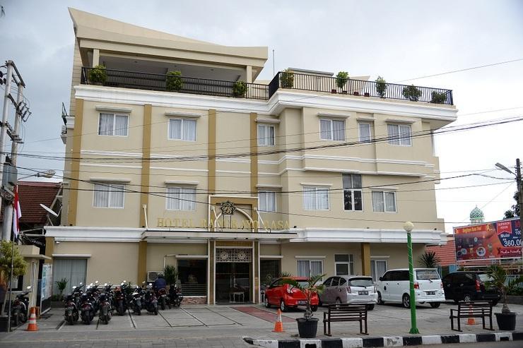 Rangkayo Basa - Halal Hotel Padang - exterior