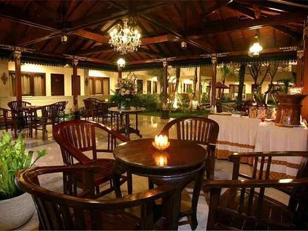 Hotel Indah Palace Yogyakarta - Restoran