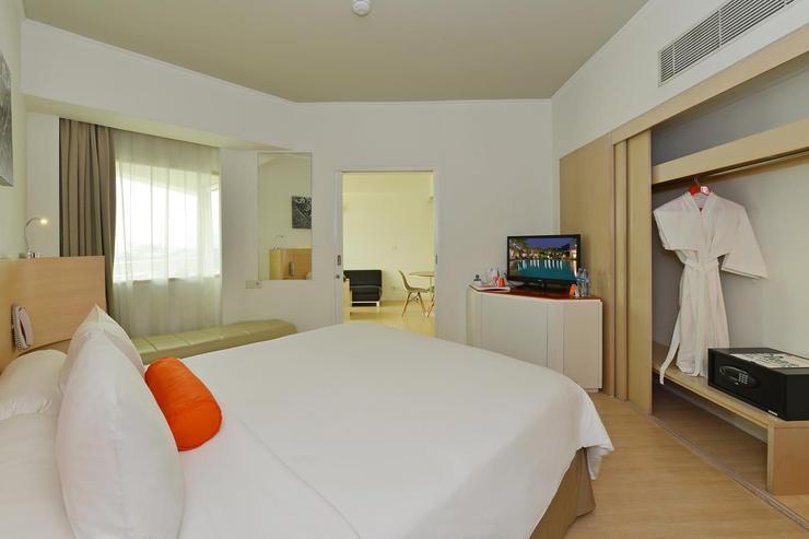 HARRIS Hotel Tebet Jakarta - Suite Room
