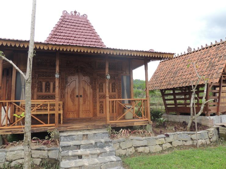 Singgasana Villa & Resto Wonosobo - Exterior