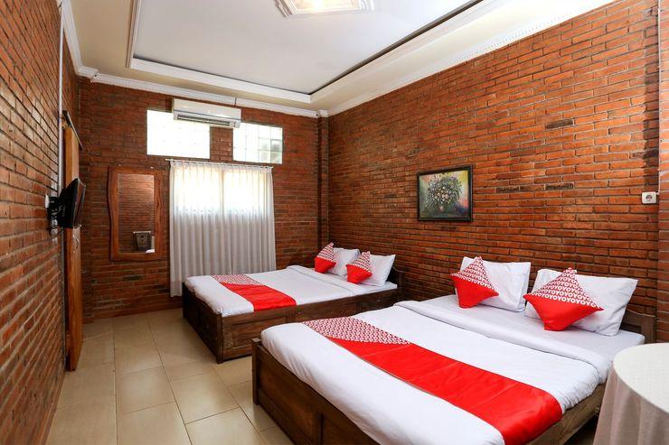 OYO 1368 Omah Joglo Krawitan Syariah Yogyakarta - Bedroom