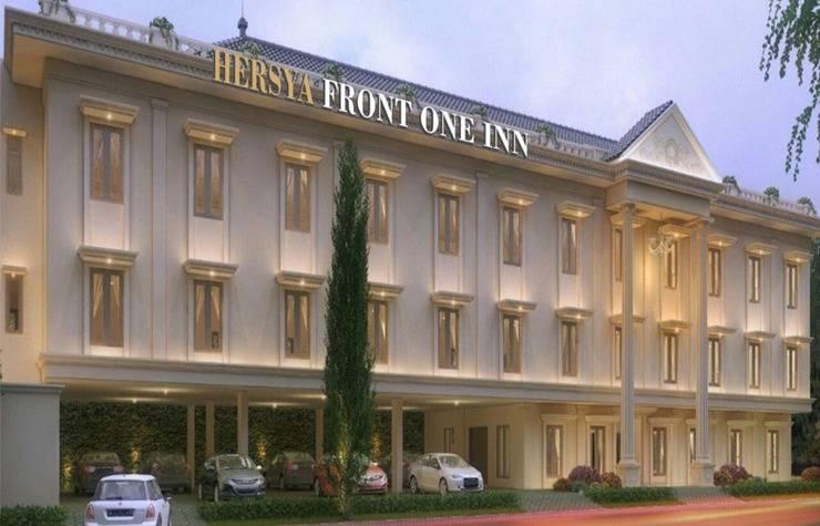 Hersya Front One Inn Surabaya - Exterior