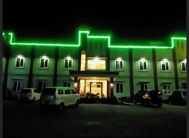 Green Hill Hotel Alahan Panjang Solok - Facade